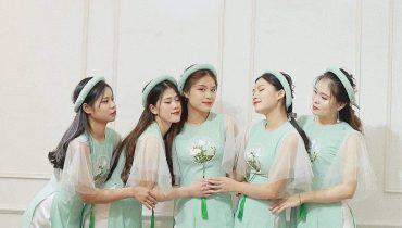 Top 10 mẫu áo dài bưng quả màu Xanh Ngọc Đẹp & Hot nhất hiện nay